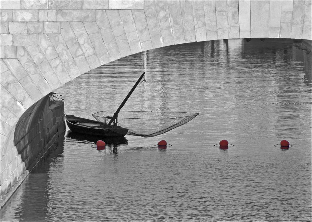 Brücke sw mit Farbe