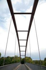 Brücke über dem Mittellandkanal