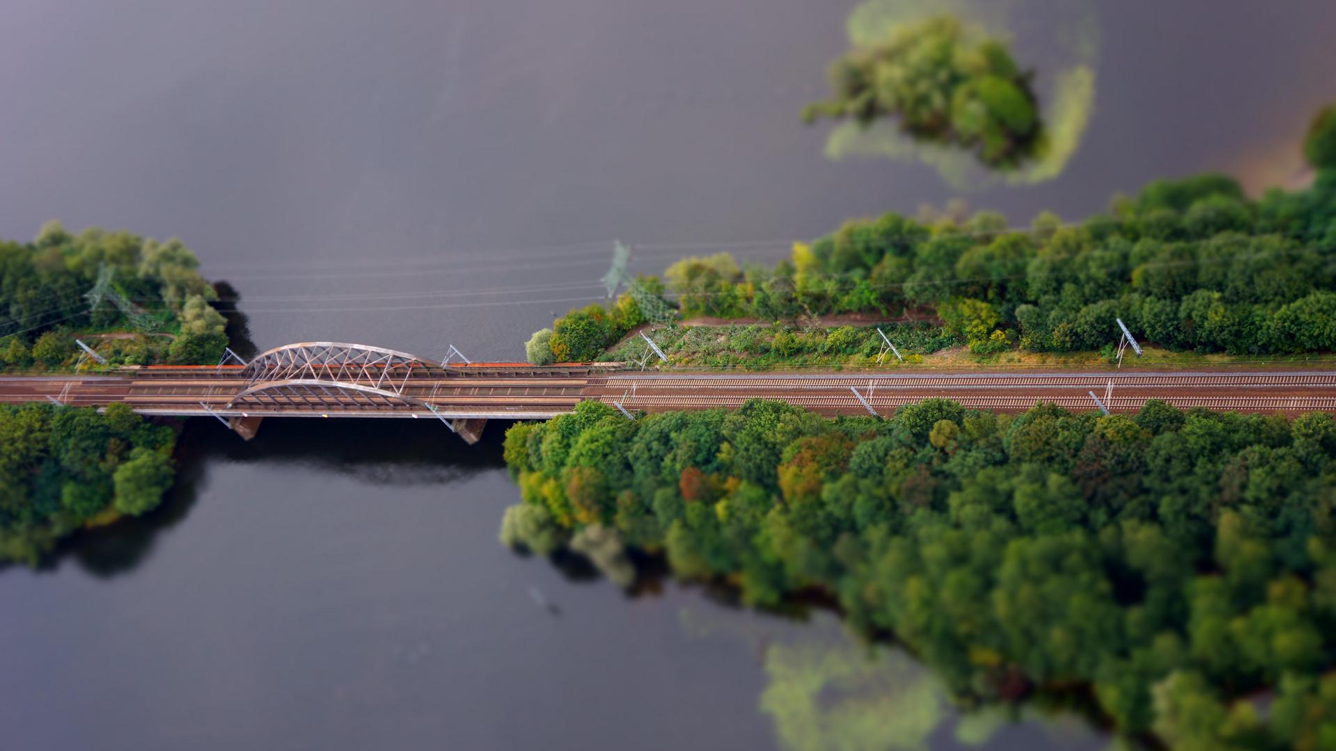 Brücke über den Templiner See bei Potsdam