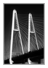 Brücke über die Neva