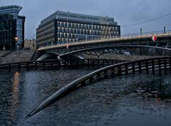 Brücke zum Amt