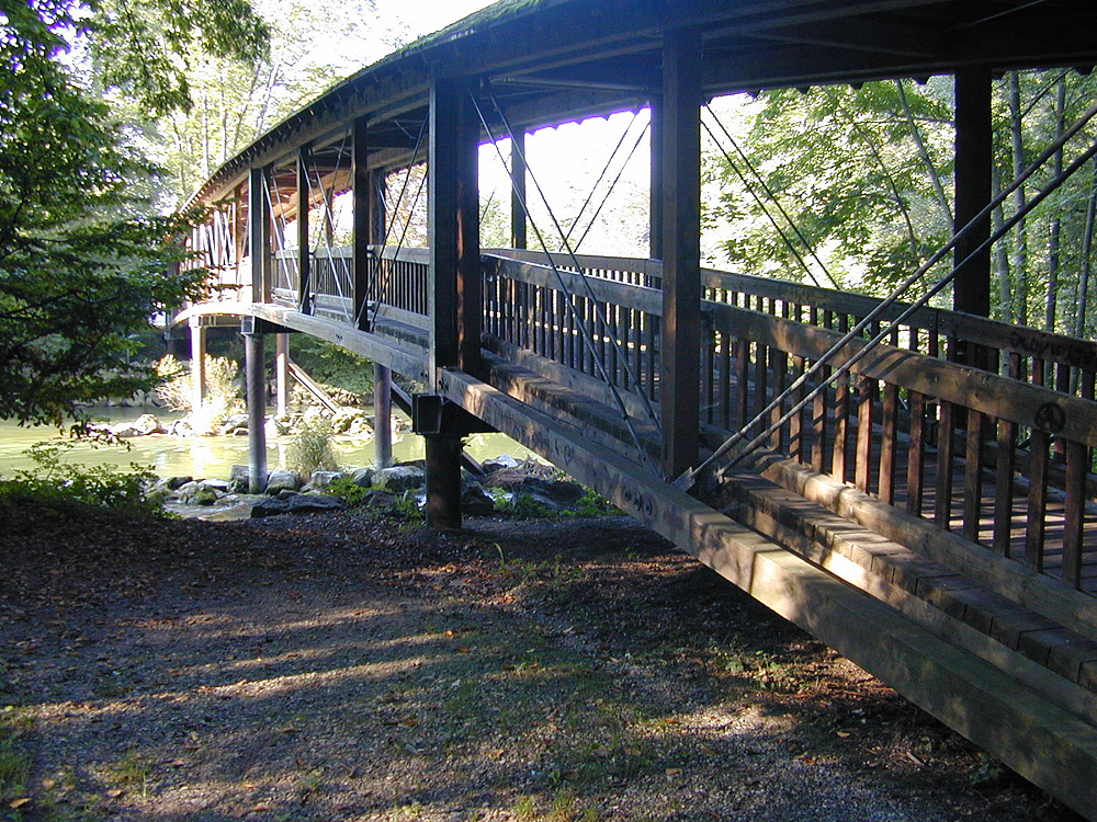 Brücke zur Sonne