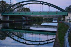 Brücken mit Spiegelung