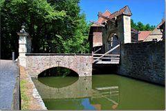 Brücken über die Außengräfte
