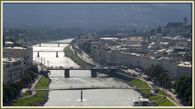 Brücken verbindet die Stadt