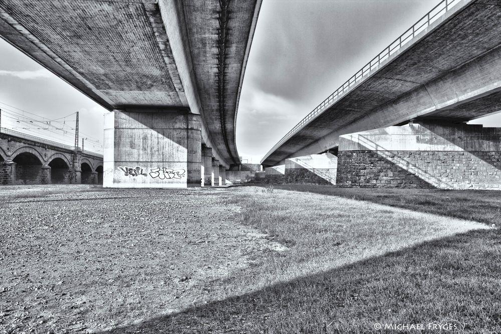 Brückenland..........