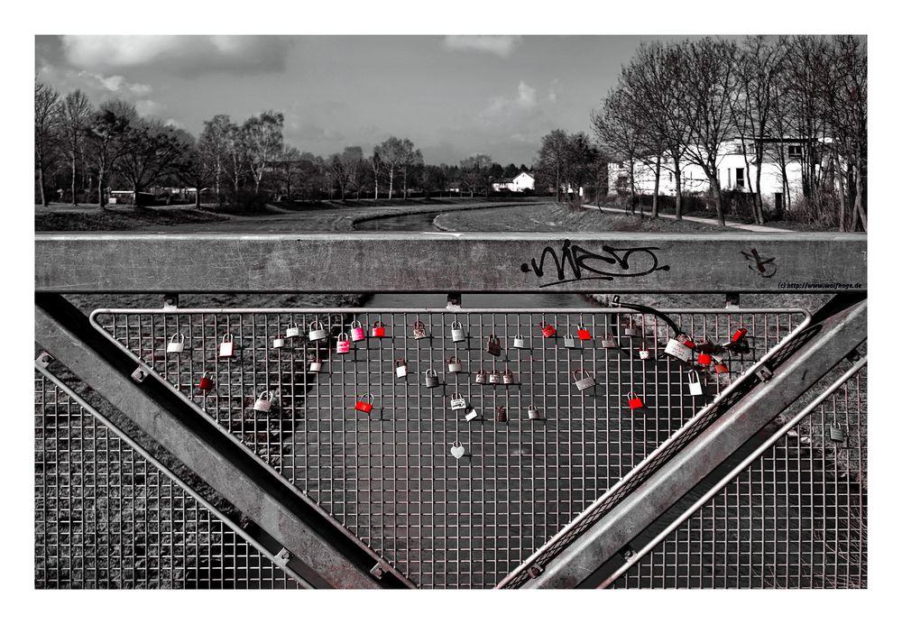 Brückenschlösser oder es breitet sich aus.......