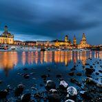 Brühlsche Terrassen in Dresden zur Abenddämmerung