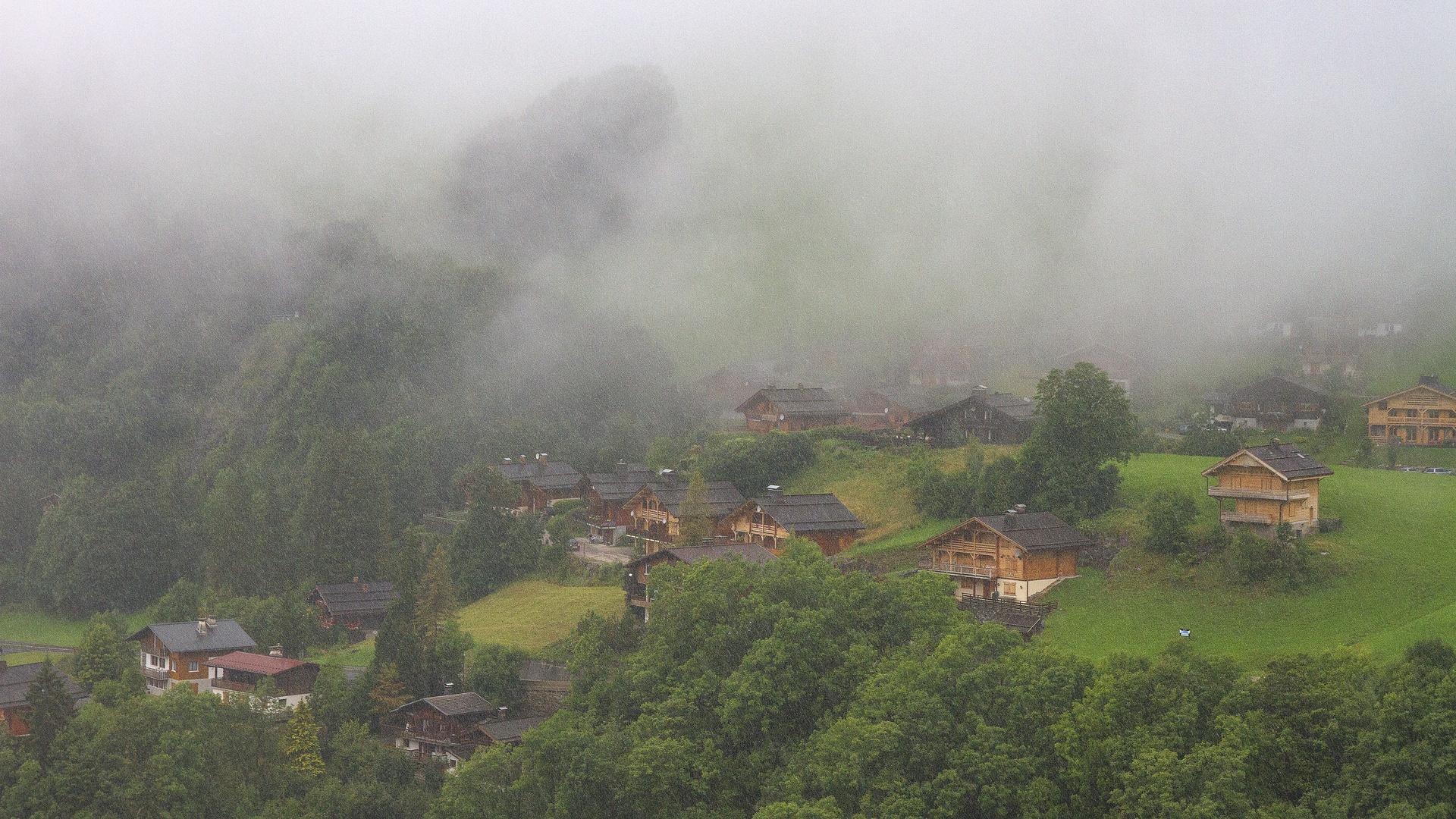 Brume et pluie au Chinaillon