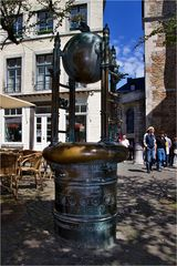 Brunnen am Dom in Aachen