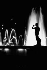 Brunnen bei Nacht I