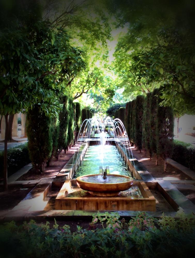 Brunnen im Grünen