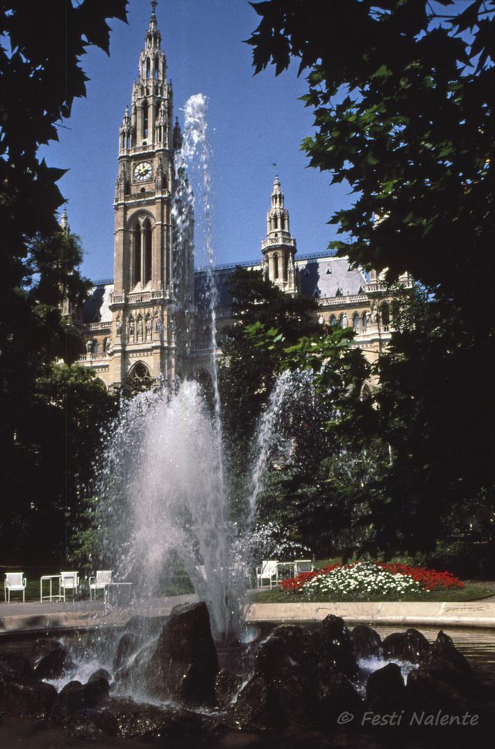 Brunnen im Rathauspark