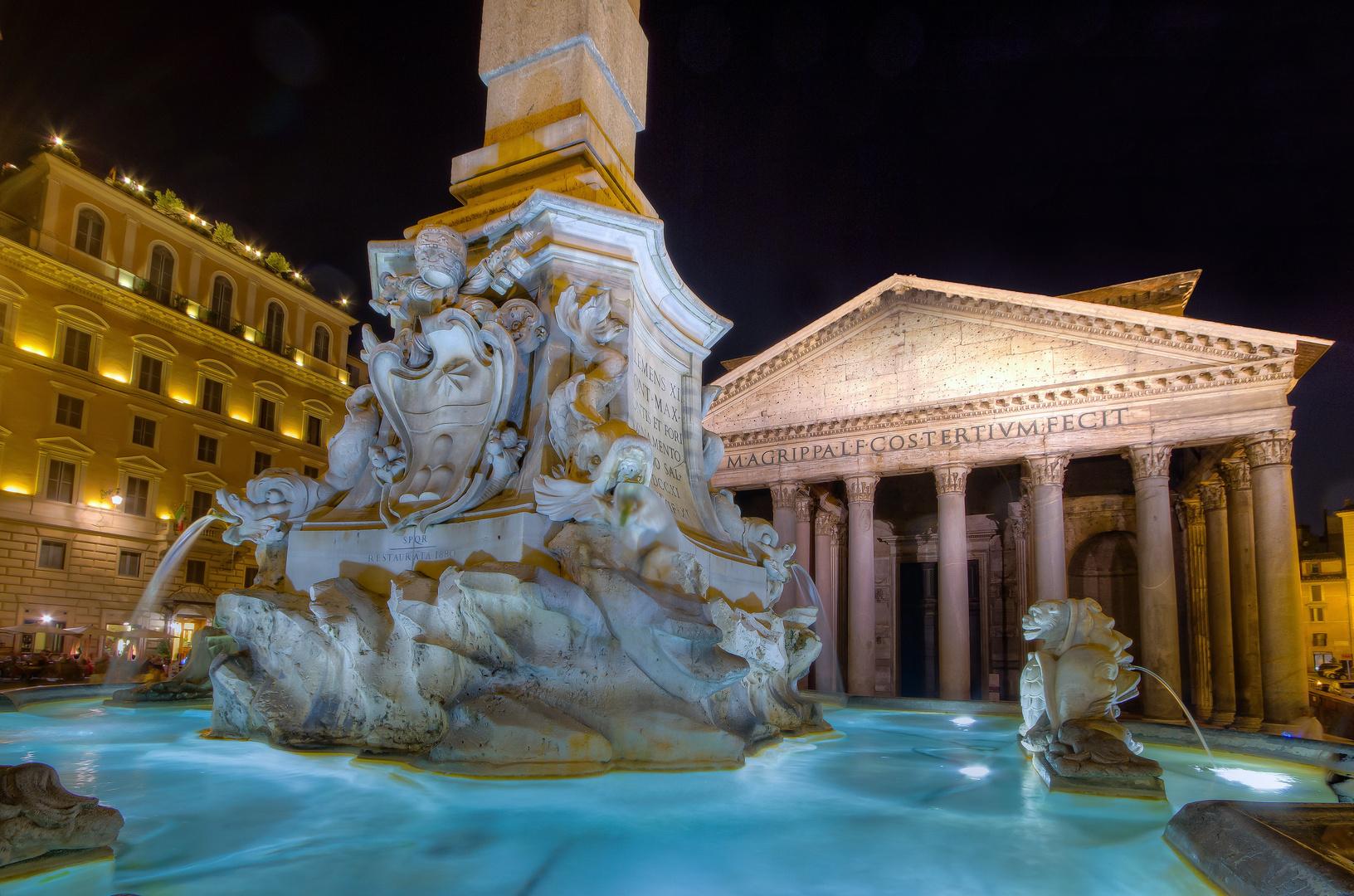 Brunnen und Pantheon in Rom