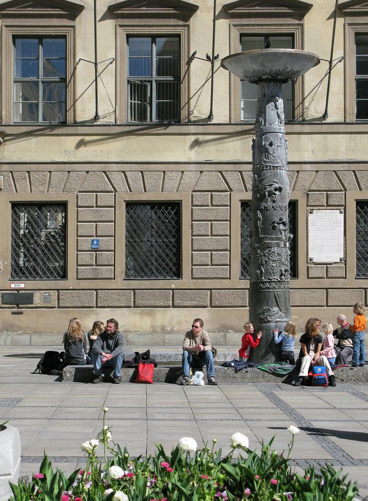 Brunnensäule in der Kaufinger Straße