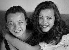 Bryony & Anya: Zwillinge