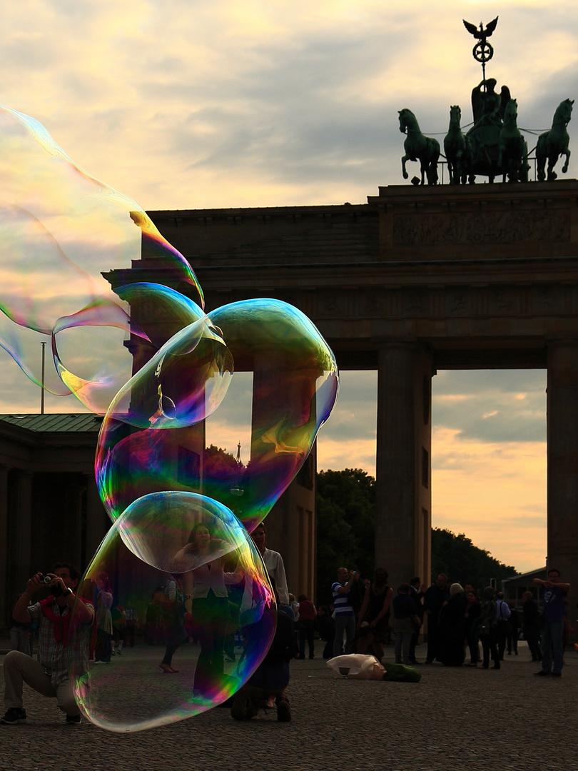 Bubble Gate