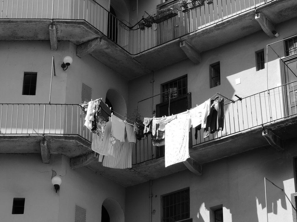 Bucato nella vecchia Milano