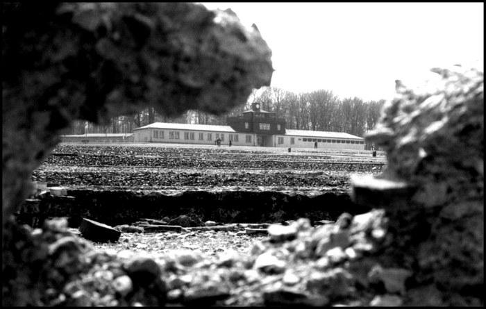 Buchenwald-Einganstor 2