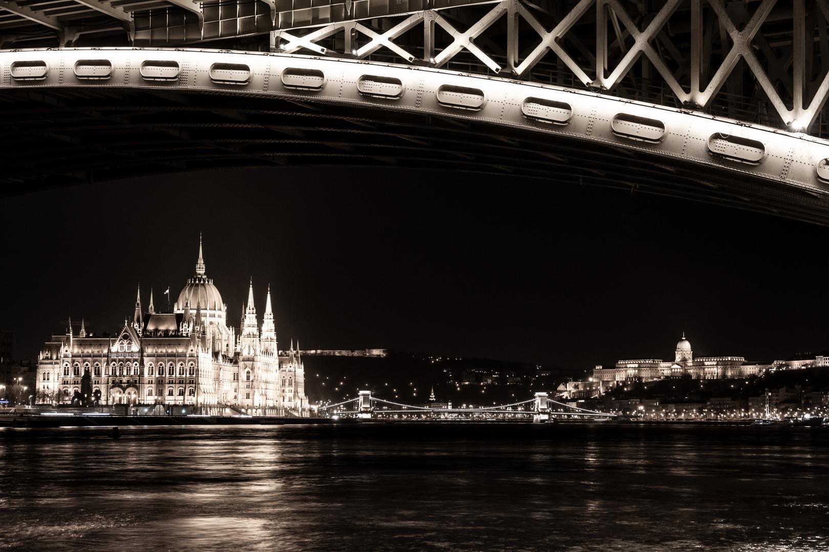 Budapest - Budavári Palota, Széchenyi Lánchíd, Országház