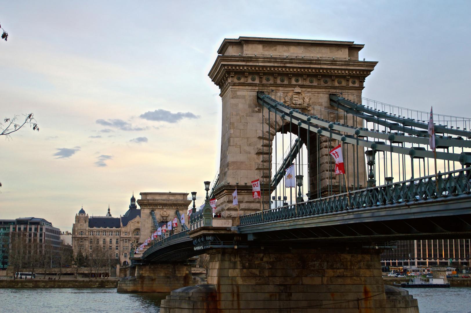 Budapest Donaubrücke