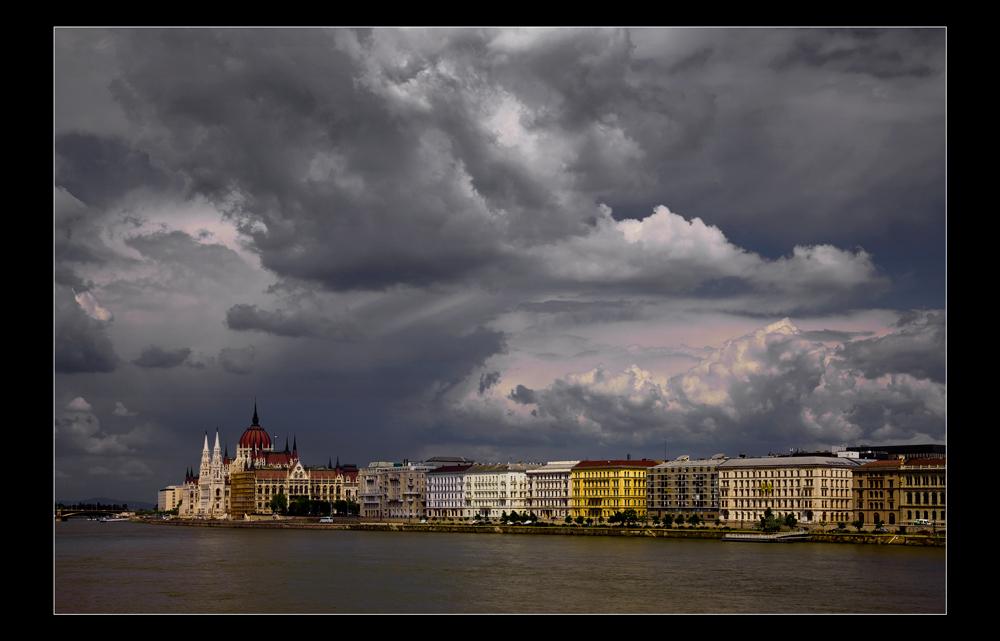 Budapest - under sky