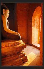Buddah im Abendlicht