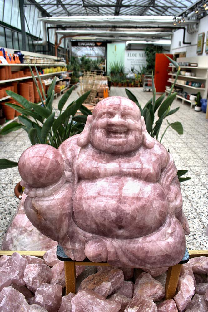 Buddha aus Rosenquarz