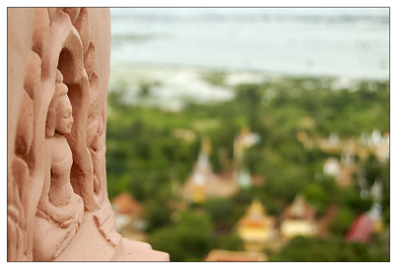 Buddha is watching - Oudong, Kambodscha