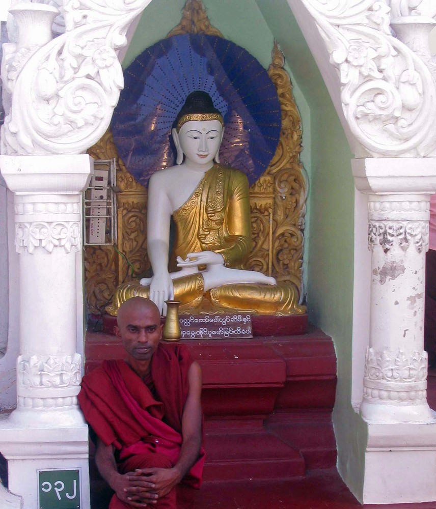 Buddha + Mönche