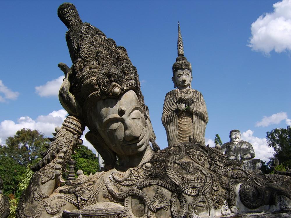 Buddha ruht.