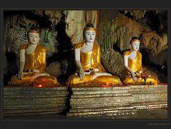 Buddhas und Tropfstein