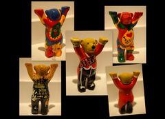 Buddy Bears (2)