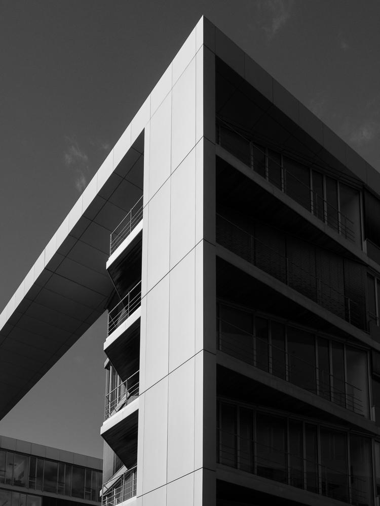 Bürogebäude 1