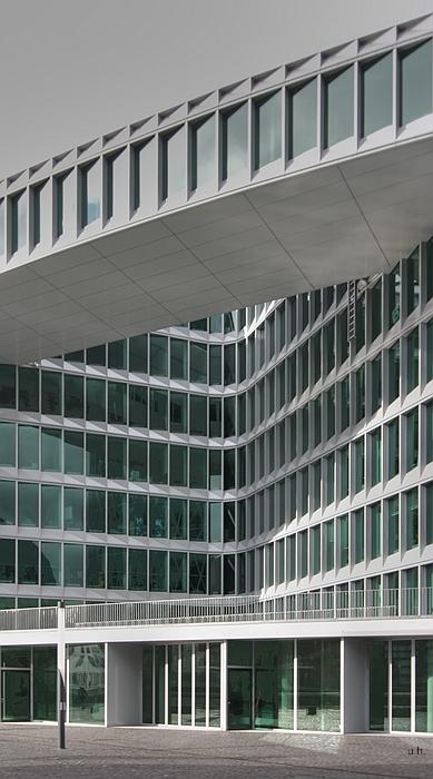"""""""Bürogebäude / Westhafen"""""""