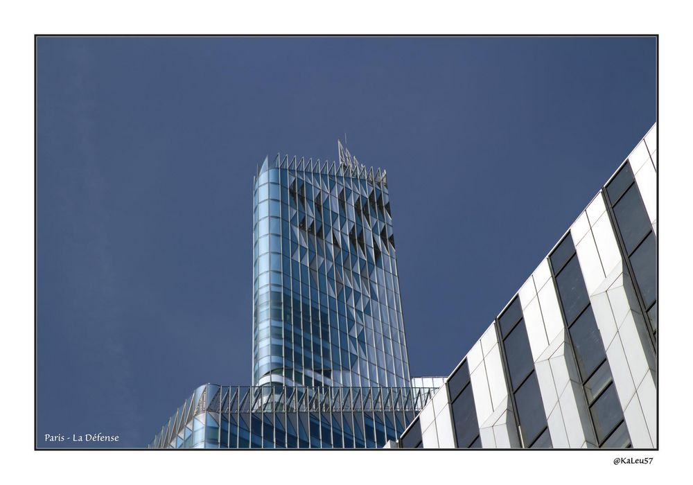 Büroturm in La Défense