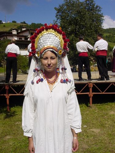 Bulgarische Tracht 2