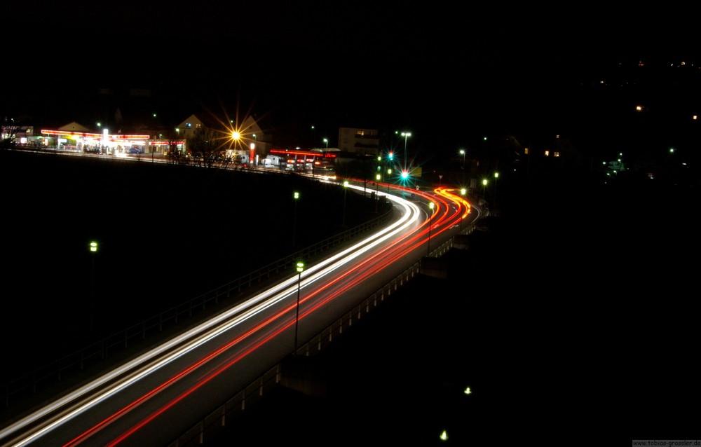 Bundesstraße bei Nacht und -10 Grad!