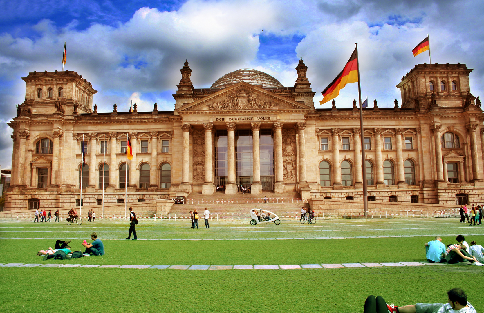 Bundestag in einem anderen Licht.