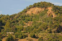 Bungalow in der Nähe eines alten Steinbruchs im Massif des Maures