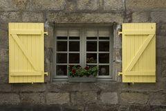 Bunte Fensterläden