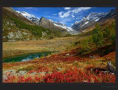 Bunter Herbst im Lötschental