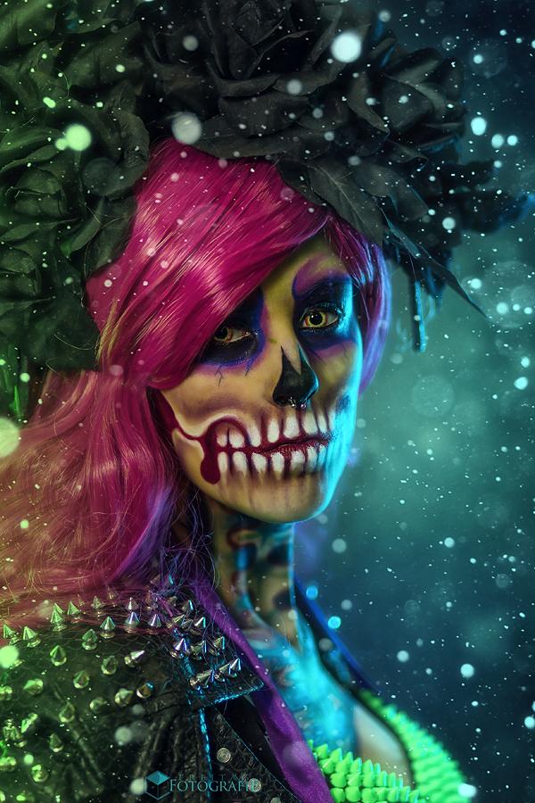 Buntes Skelet