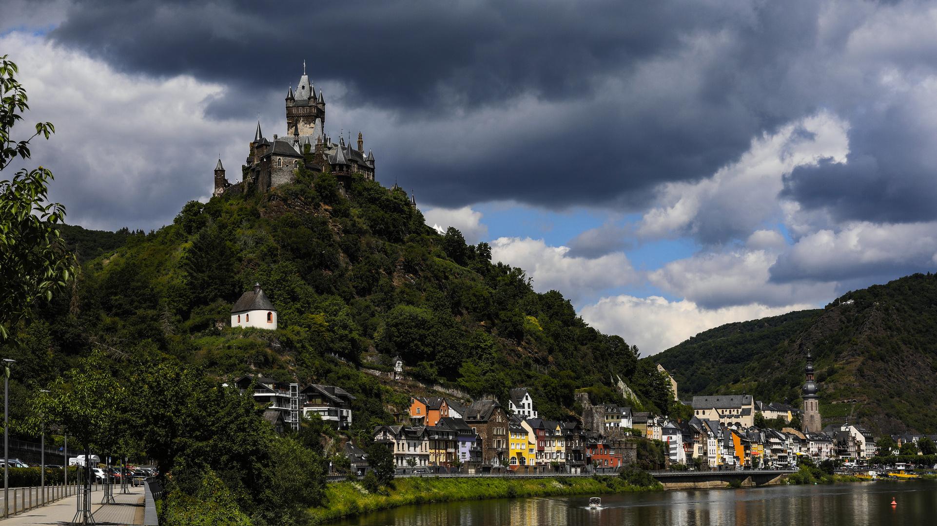 Burg an der Mosel