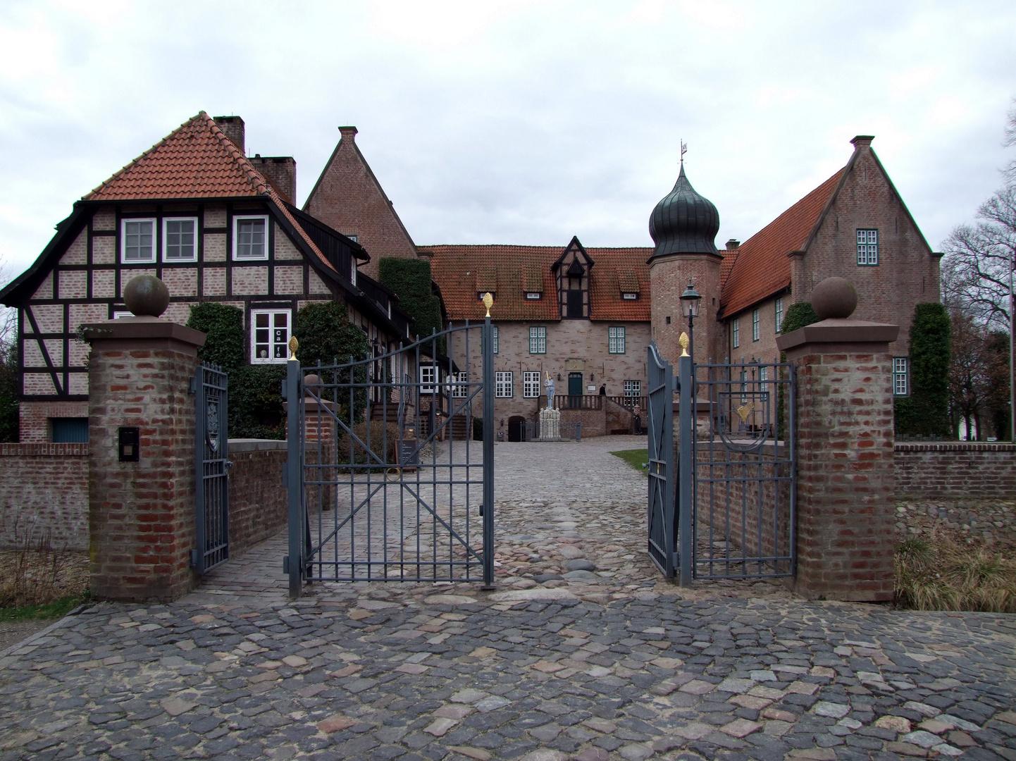 Burg Bederkesa 01