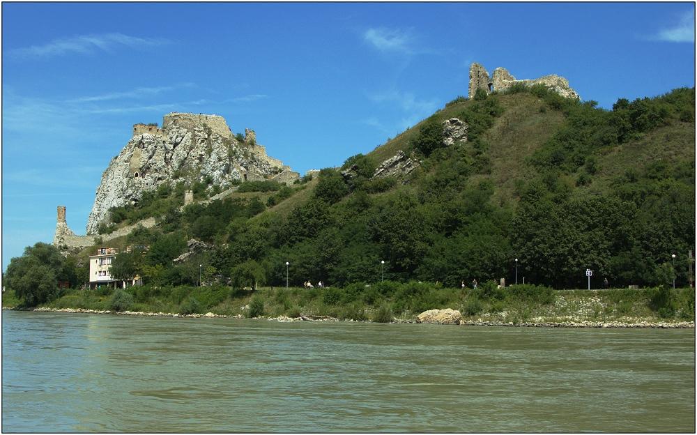 ... Burg Devin ...