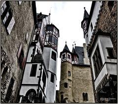 Burg Eltz in Münstermaifeld II