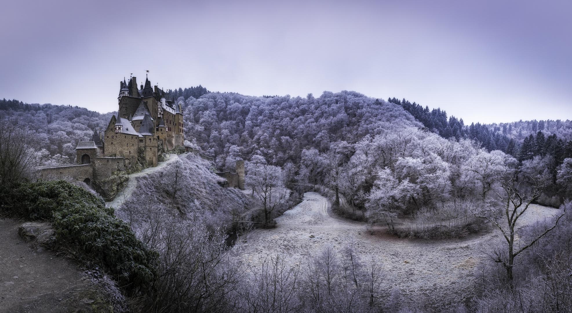 Burg Eltz tiefgefroren