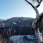 - Burg Elz -