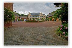 Burg Heimerzheim-die Hauptburg...